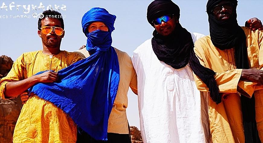 Algieria. Z tą ekipą można ruszać na koniec świata – a na pewno na Saharę!