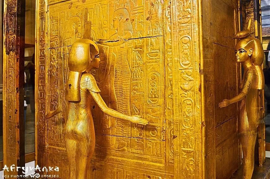 Znalezione w grobowcu Tutanchamona skarby są w Muzeum Kairskim.
