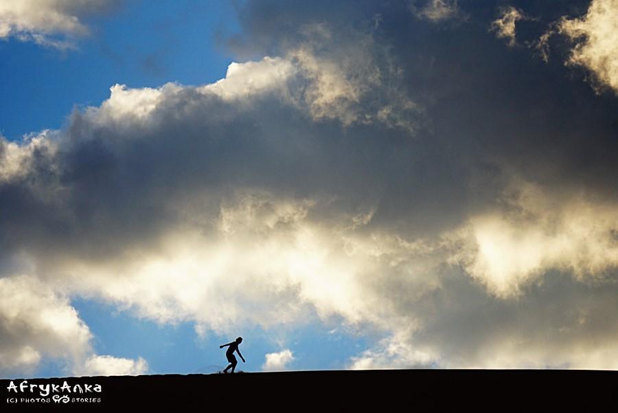 Tańcząca z chmurami.
