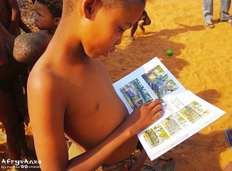 Co zabrać dla dzieci? Książki są super pomysłem!