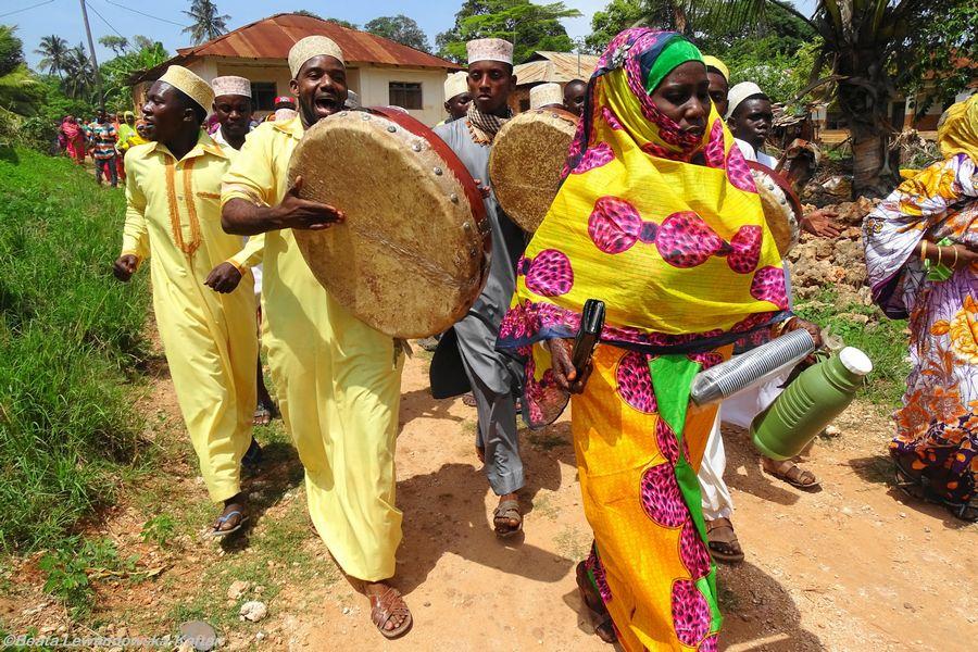 Zanzibar jest zjawiskowo barwny i ciekawy!