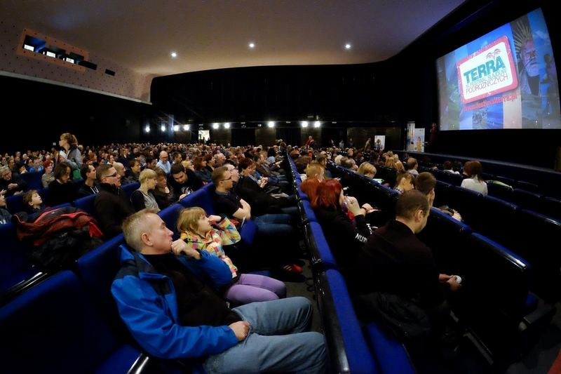 Zdjęcia na wielkim ekranie kinowym wyglądają świetnie!