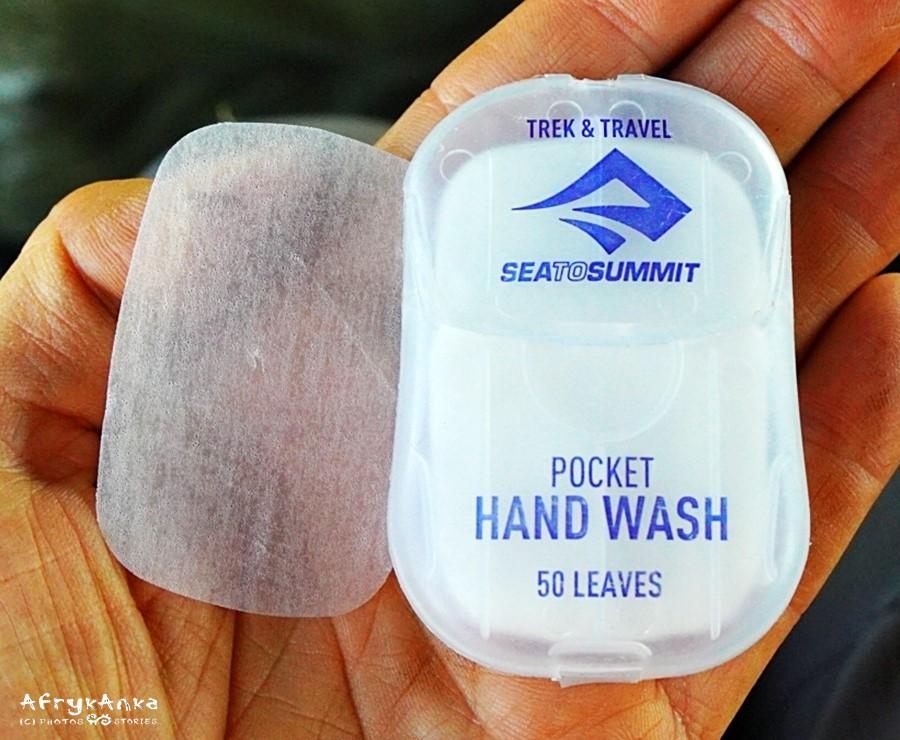 Mydło w listkach: wystarczy trochę wody i świetnie myje ciało.