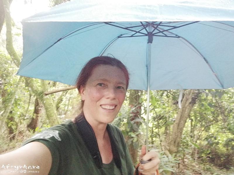 Parasolka się przydaje gdy pada i robisz zdjęcia!