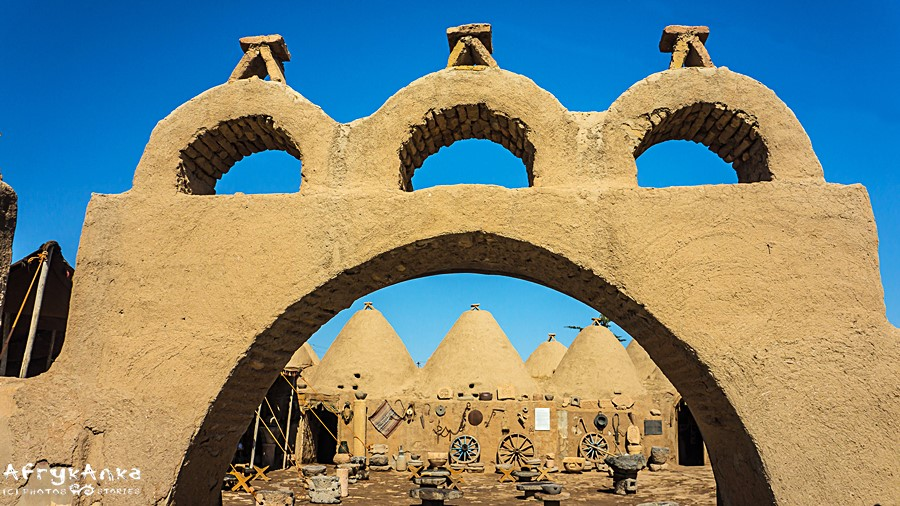 Harran - charakterystyczne domy-ule.