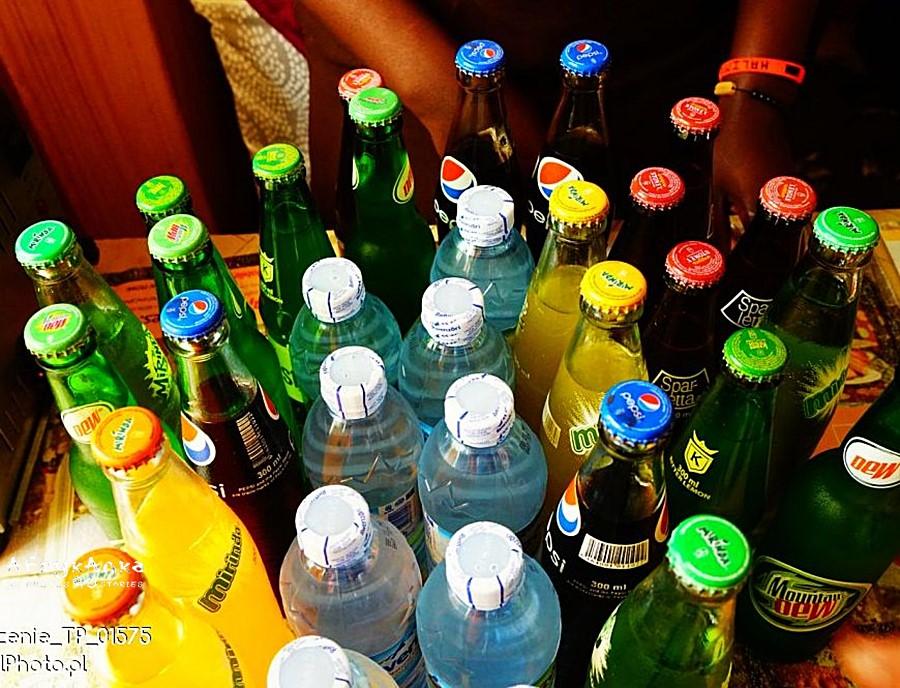 W Ugandzie czekają też soft drinki.