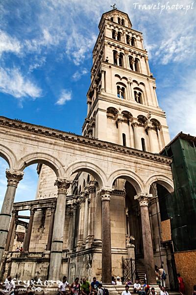 Dawne mauzoleum - dziś katedra.