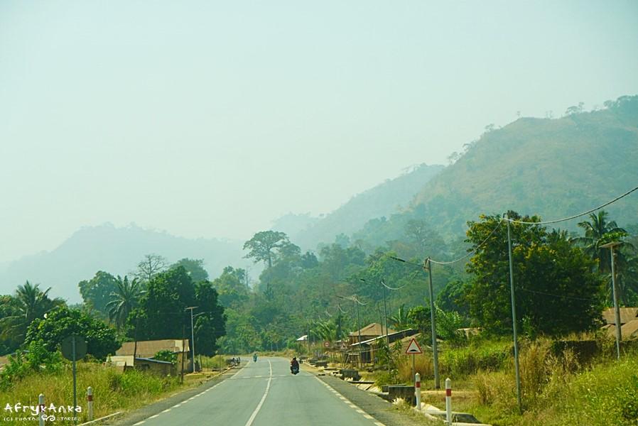 Droga w Togo.