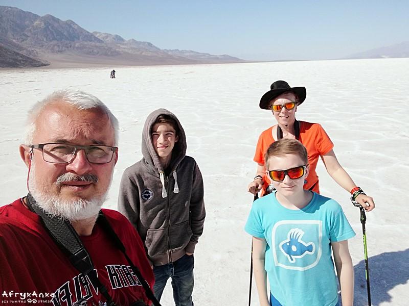 Nordic walking w Dolinie Śmierci (USA).