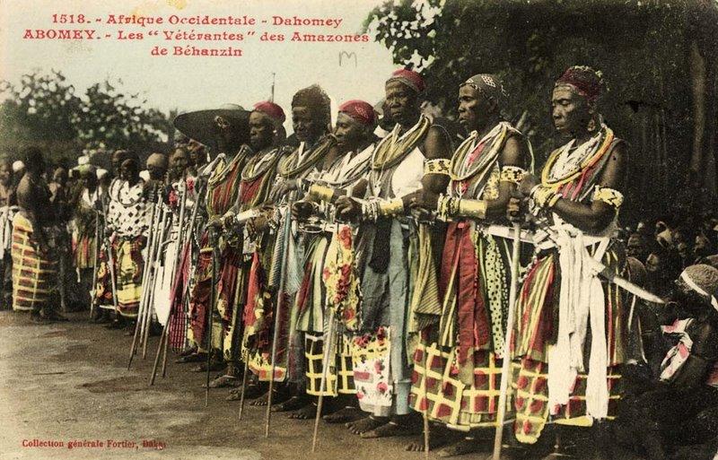 Weteranki podczas dorocznego spotkania w Abomey (stolica Dahomeju) w 1908.