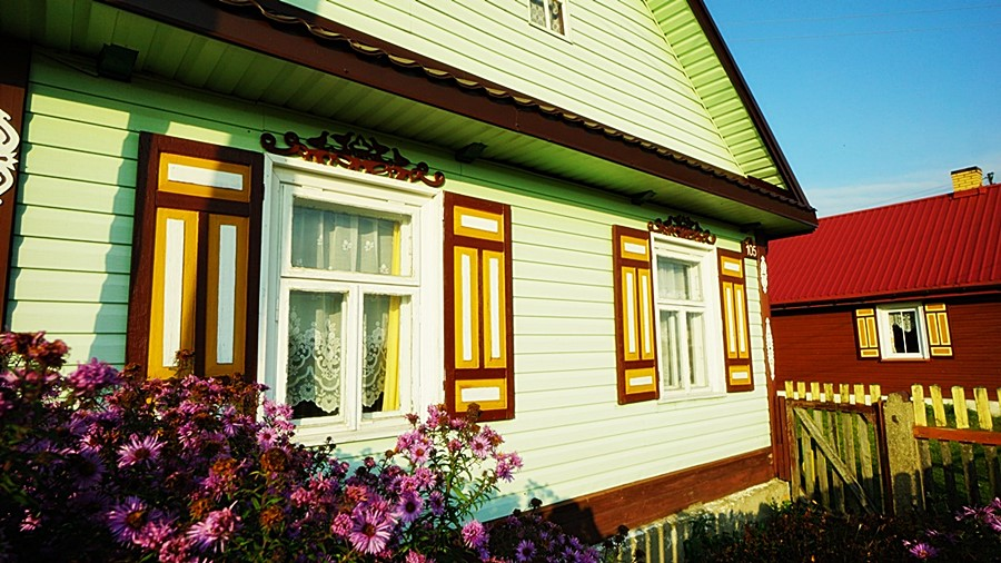 Soce - także i tu zobaczymy piękne okiennice.