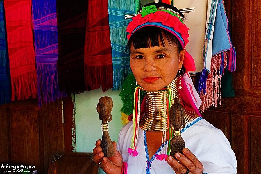 Mu Thu powróciła do rodzinnej wioski.