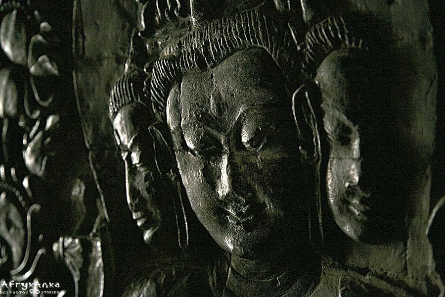 Wspaniałe zdobienia tej pagody wyróżniają ją spośród innych.