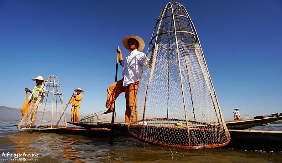 Rybacy z Inle.