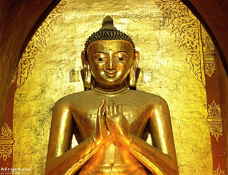 Budda widziany z oddali...