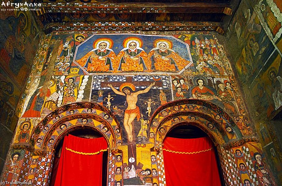 Wnętrze kościoła w Gonderze - przykład tradycyjnego malarstwa sakralnego.
