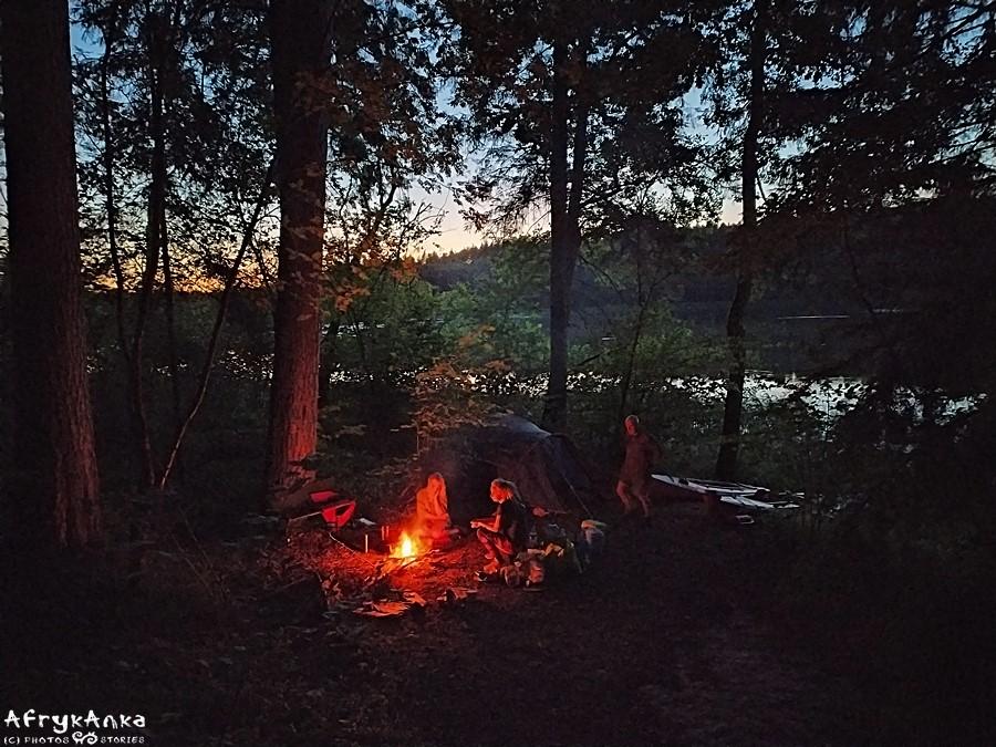 Nasz obóz wieczorem.