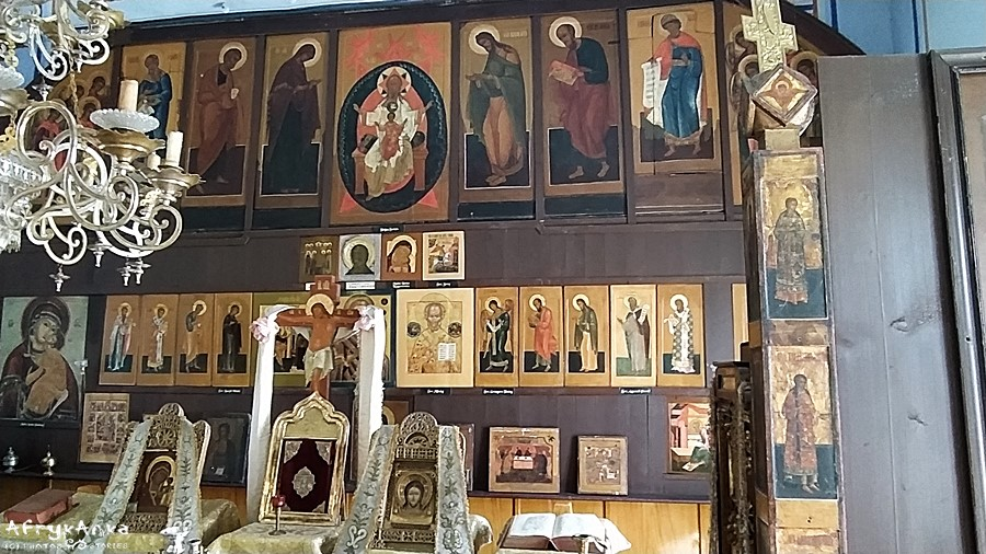 Wnętrze klasztoru w Wojnowie.