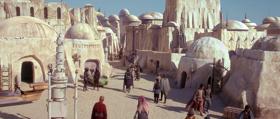 Star Wars - tak osada wyglądała w filmie.