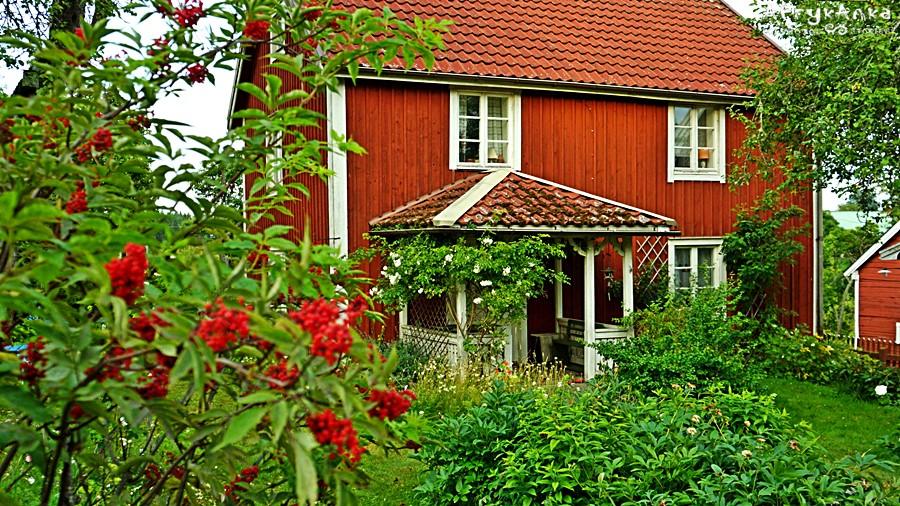 Domy wyglądają jak za czasów dzieciństwa pisarki.
