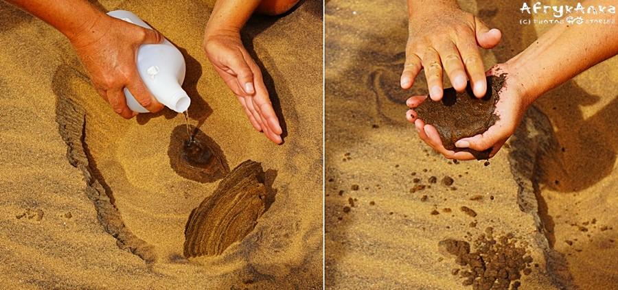 Woda pod piaskiem pokazuje ile było w nim wolnego miejsca na powietrze.
