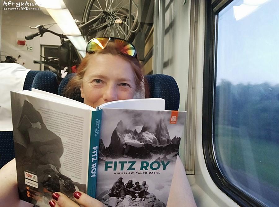 Wracam do domu (i czytam najnowszą książkę Michała Kochańczyka!)