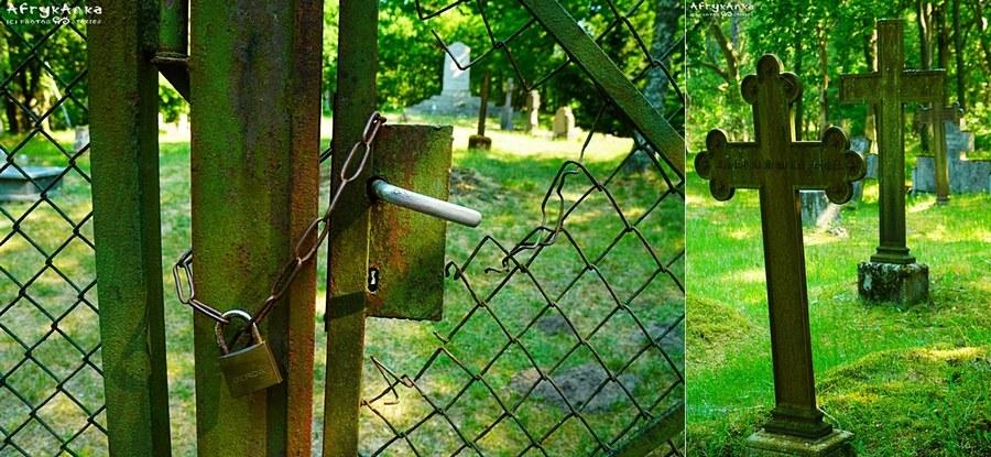 Obok skansenu jest też cmentarz, ale zamknięty...